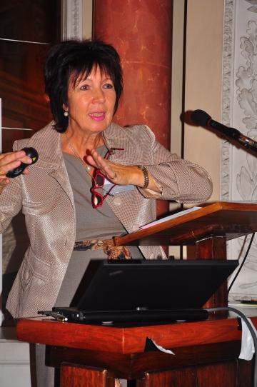 Rechtsanwältin Dr. Gudrun Loewenheim aus Frankfurt/Main.